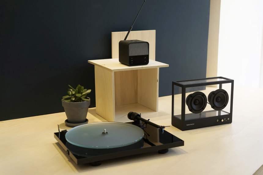 project t1 + Small Transparent Speaker Black